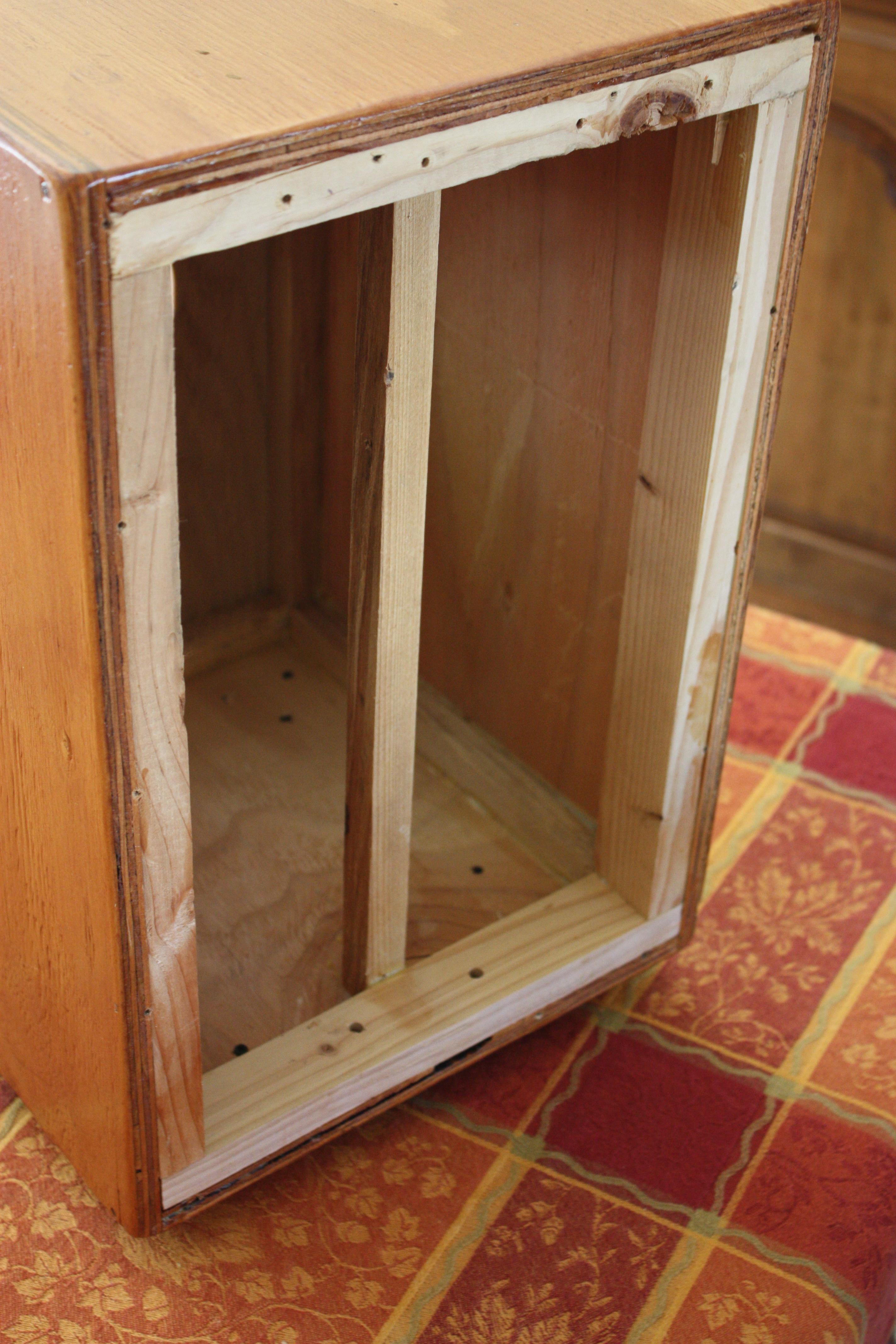 Frame on the inside of Cajon-Sizzle String Cajon   wiseguyscajonsblog